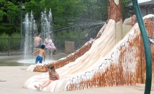 woodland-mound-waterpark-slide